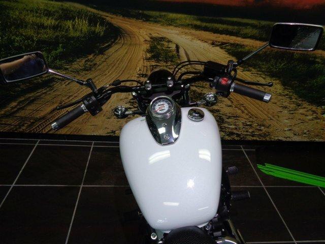 2015 Yamaha XVS650 V-STAR CUSTOM White