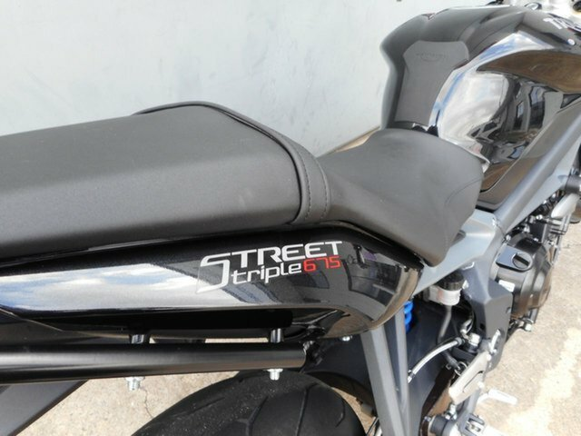 2014 Triumph STREET TRIPLE Black