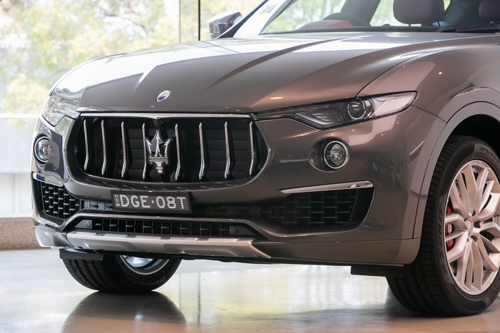 2018 Maserati Levante S V6 Turbo GranLusso MY19 Grigio Maratea (Metallescent)