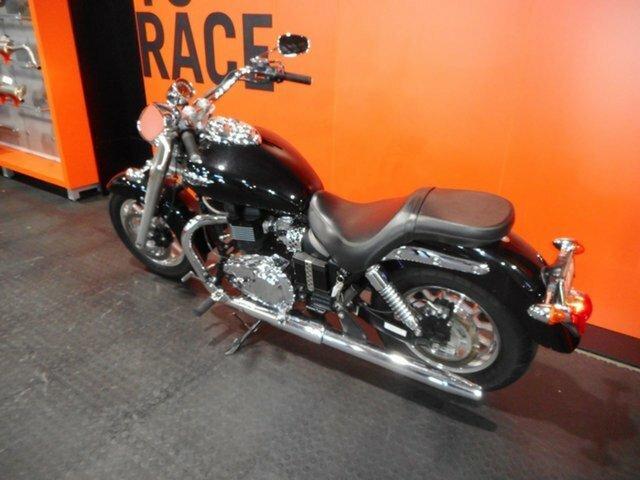 2011 Triumph AMERICA BLACK