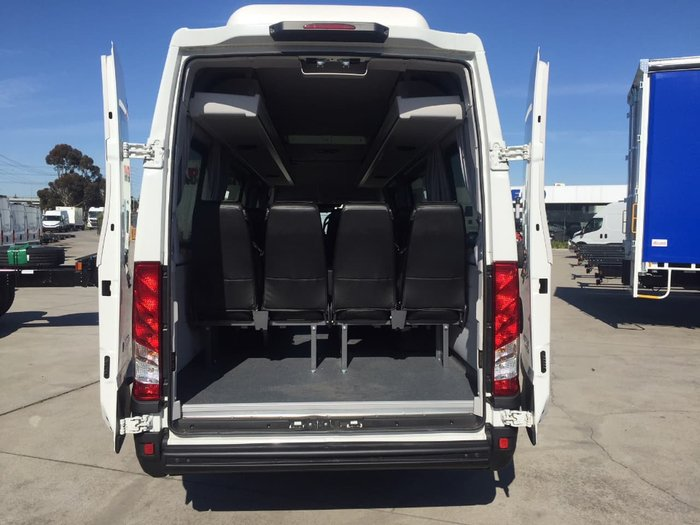 2018 IVECO DAILY MINIBUS 17 SEATER null null White