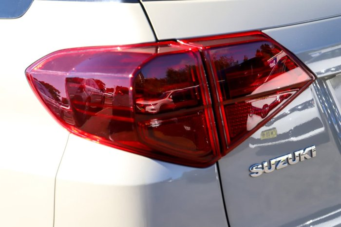 2018 Suzuki Vitara Turbo LY Series II White