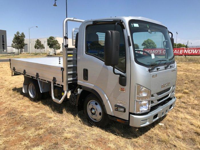 2019 Isuzu NLR 45-150 AMT SWB Traypack