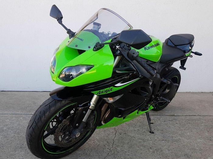 2010 Kawasaki ZX-6R (ZX636) NINJA Green