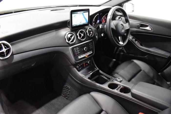2018 Mercedes-Benz GLA180 X156 Silver