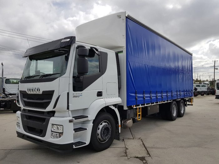 2019 IVECO STRALIS ATI 360 6X2 14 PALLET WITH TAILGATE null null white