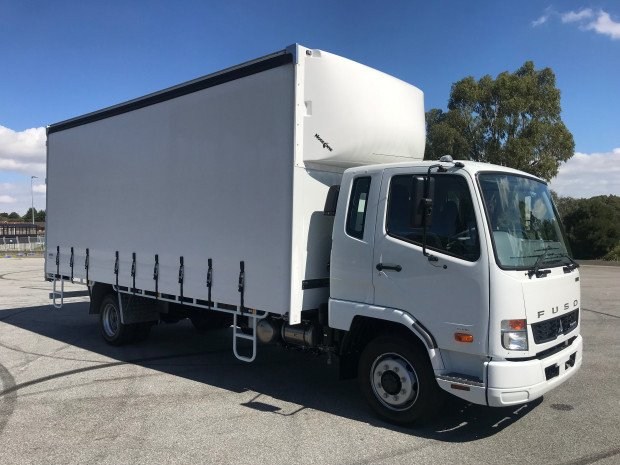 2018 Fuso Fighter 1124 Auto FK62FLY1RFAL White Curtains