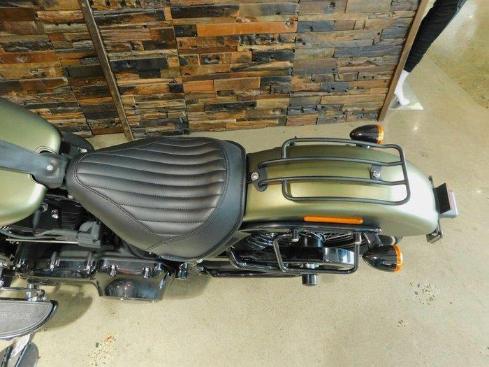 0 Harley-Davidson 2016 HARLEY DAVIDSON 1690CC FLSS SOFTAIL SLIM S OLIVE GOLD DENIM