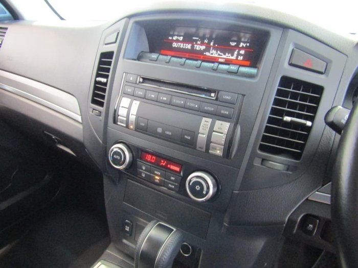 2013 Mitsubishi Pajero GLX-R NW MY14 4X4 Silver