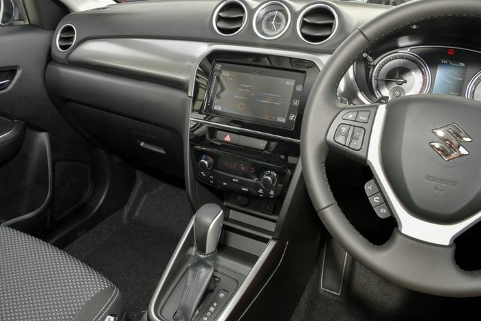 2019 Suzuki Vitara LY Series II PURE WHITE
