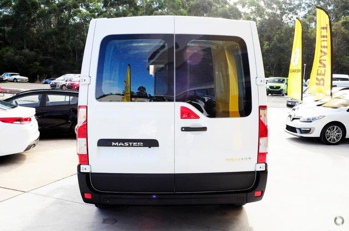 2018 Renault Master X62 White