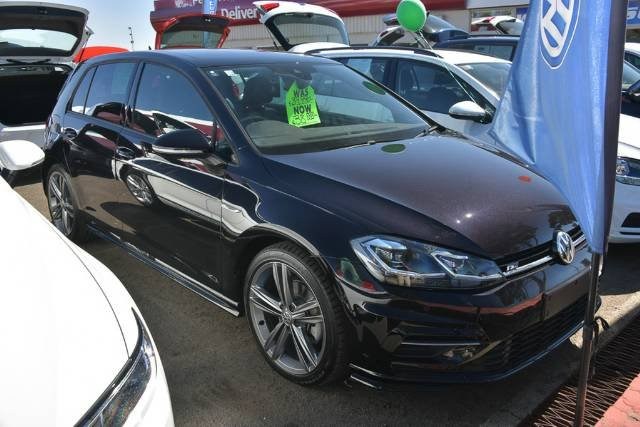 2017 Volkswagen Golf 110TDI Highline 7.5 MY18 DEEP BLACK PEARL