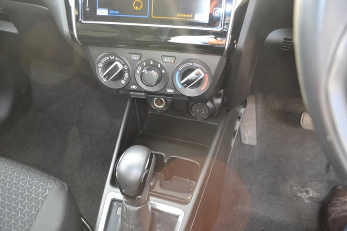 2017 Suzuki Swift GL Navigator FZ MY15 White