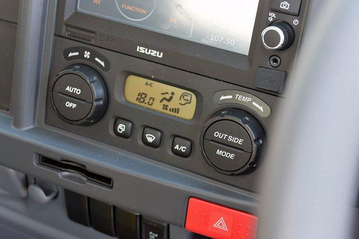 2019 Isuzu FVR 165-300 MLWB Auto Arctic White