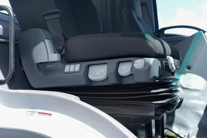 2019 Isuzu FVZ 260-300 Auto MWB Arctic White