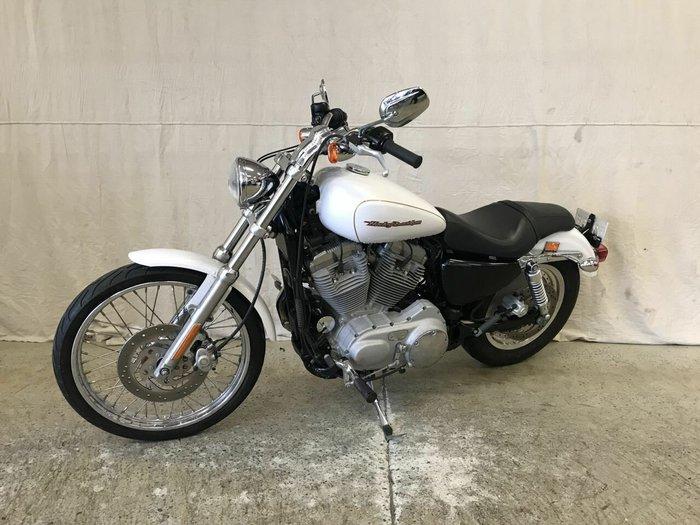 2007 HARLEY-DAVIDSON XL883C SPORTSTER CUSTOM White