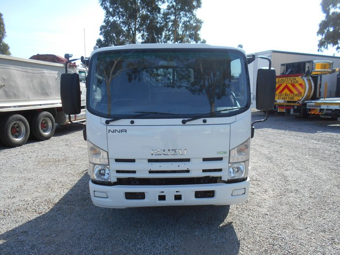 0 Isuzu NRR Forward WHITE