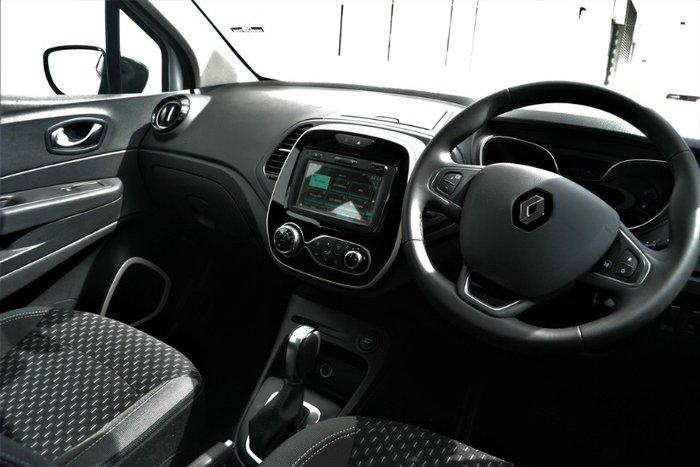 2018 Renault Captur Zen J87 PEARL WHITE/ BLACK ROOF
