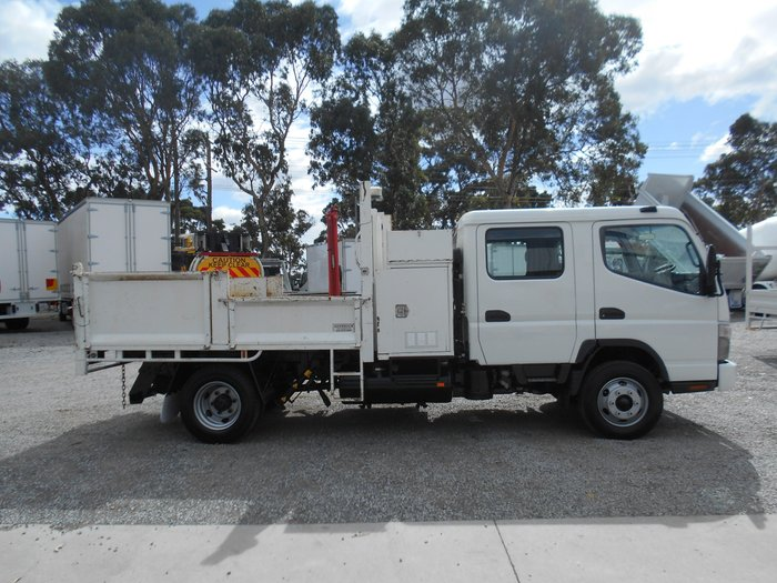 2010 Mitsubishi Canter DUALCAB TIPPER WITH CRANE WHITE