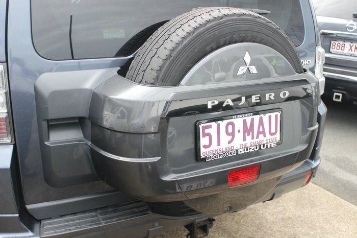 2009 Mitsubishi Pajero