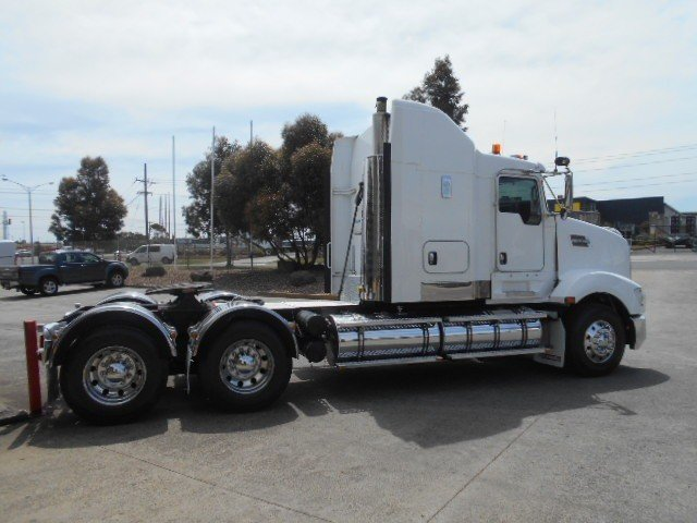 2011 Kenworth T609 (0 klms on rebuild )