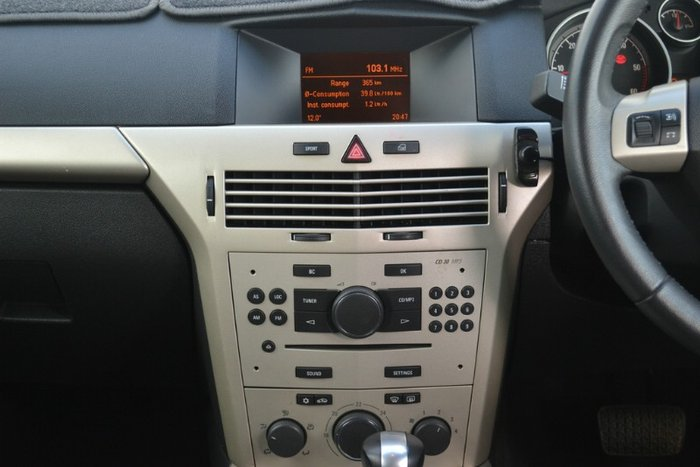 2009 Holden Astra CDTI AH MY09 WHITE