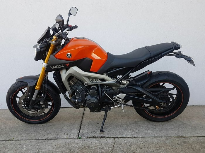2014 Yamaha MT-09 Orange