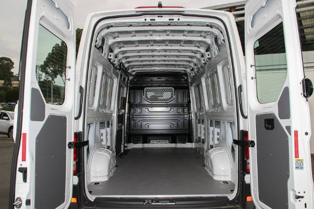 2019 Volkswagen Crafter 35 TDI410 SY1 MY19 CANDY WHITE