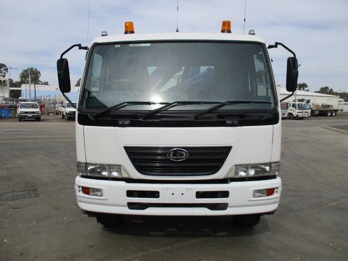 2008 UD PKC37A null null White