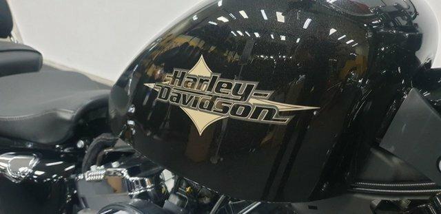 2015 HARLEY-DAVIDSON XL1200V SEVENTY-TWO Black
