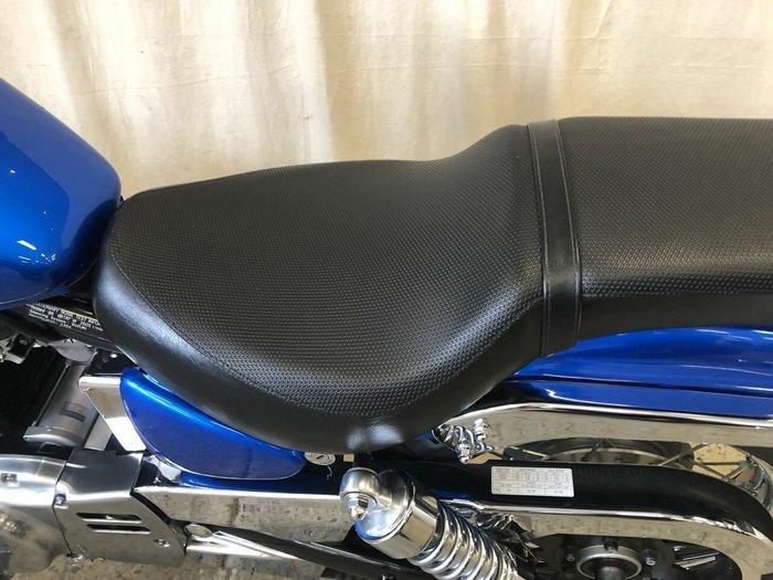 2015 Suzuki BOULEVARD S40 Blue