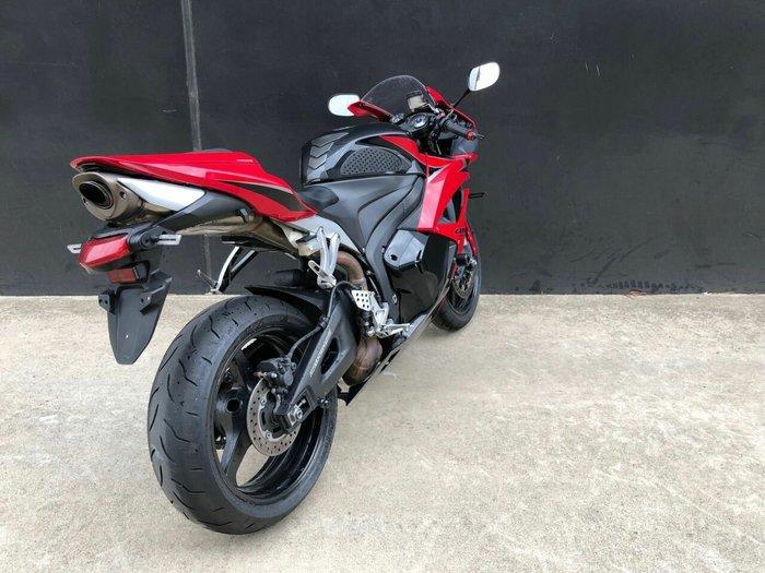 2009 Honda CBR600RR Red