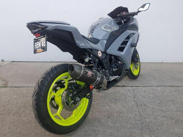 2013 Kawasaki NINJA 300 Green