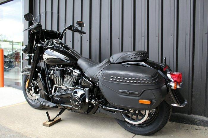 2019 Harley-davidson FLHCS HERITAGE CLASSIC S (114) BLACK PS