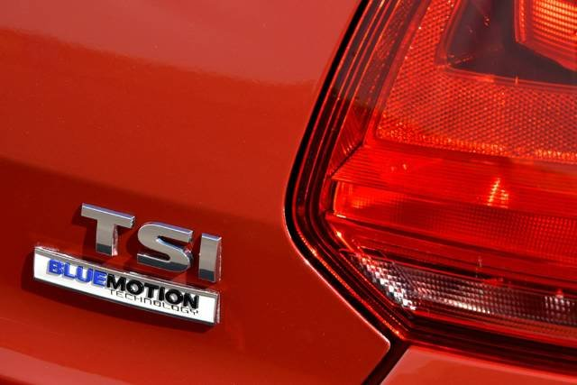 2015 Volkswagen Polo 66TSI Trendline 6R MY15 SUNSET RED METALLIC