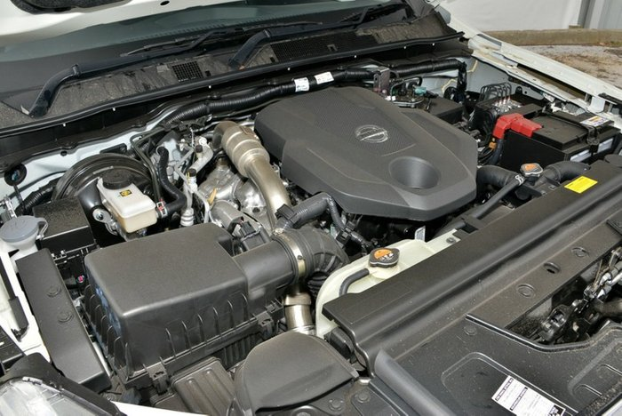 2018 Nissan Navara ST-X D23 Series 3 4X4 Dual Range WHITE DIAMOND
