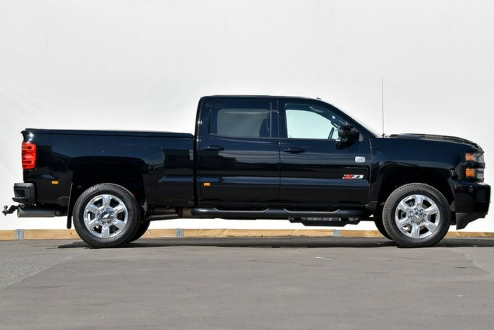2018 Chevrolet Silverado 2500HD LTZ Midnight Edition C/K25 4X4 BLACK