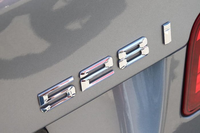 2010 BMW 528i F10 Grey