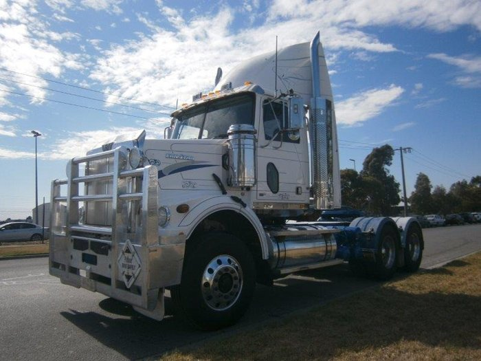 2013 Western Star 4864F day cab