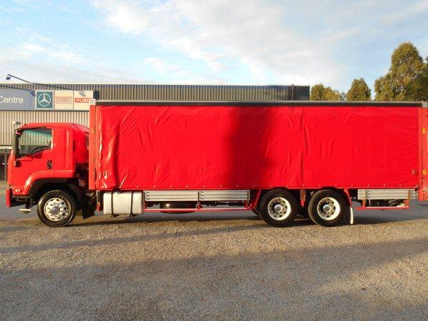 2009 Isuzu FVL1400 RED