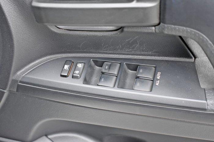2010 Toyota Landcruiser 60th Anniversary VDJ200R MY10 4X4 Constant White