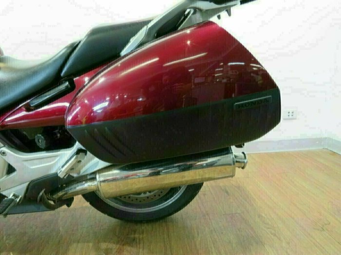 2005 Honda ST1300A RED
