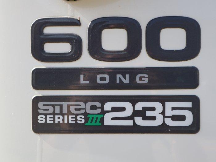 2015 Isuzu FRR 600 LONG FH MY11 Arctic White