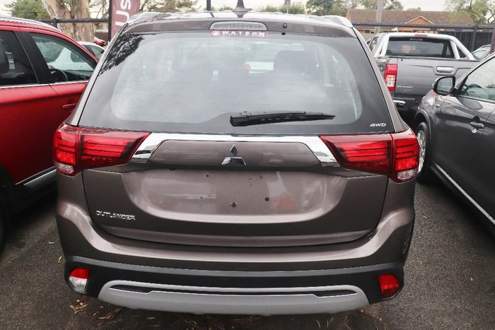 2018 Mitsubishi Outlander ES ZL MY19 4X4 On Demand Brown