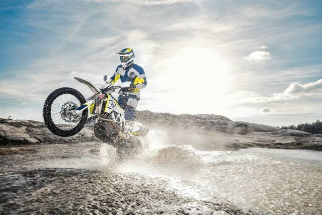 2018 HUSQVARNA 701 ENDURO DUAL PURPOSE WHITE