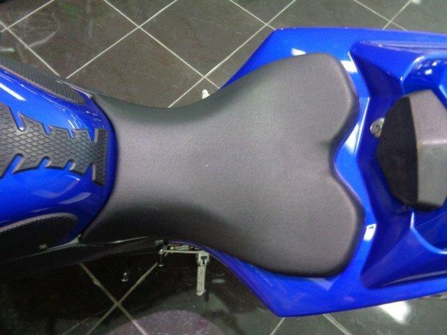 2009 Yamaha YZF-R1 Blue