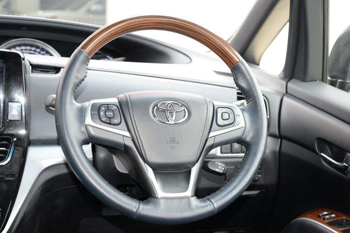 2018 Toyota Tarago