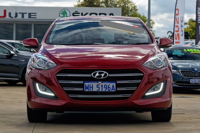 2017 Hyundai i30 SR GD5 Series II MY17 RED