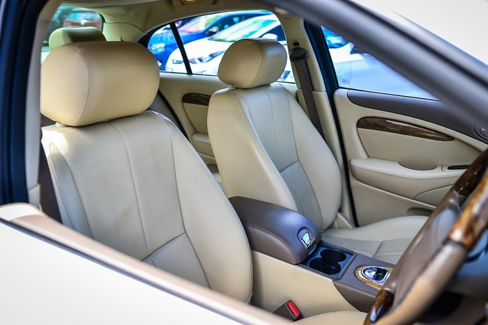 2006 Jaguar S-Type SE X204 GOLD