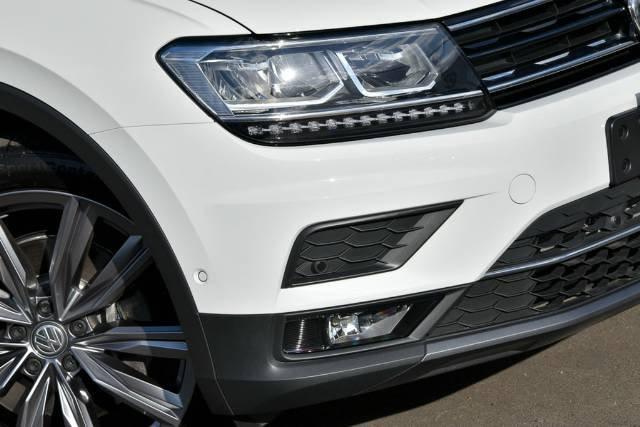 2017 Volkswagen Tiguan 162TSI Sportline 5N MY18 Four Wheel Drive PURE WHITE